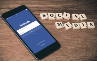 Addict Mobile - Social Media - facebook and mobile acquisition Facebook et acquisition mobile